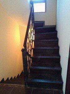Лестница чёрная. Мастерская «Феникс» на заказ