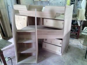 детские кроватки из массива дерева