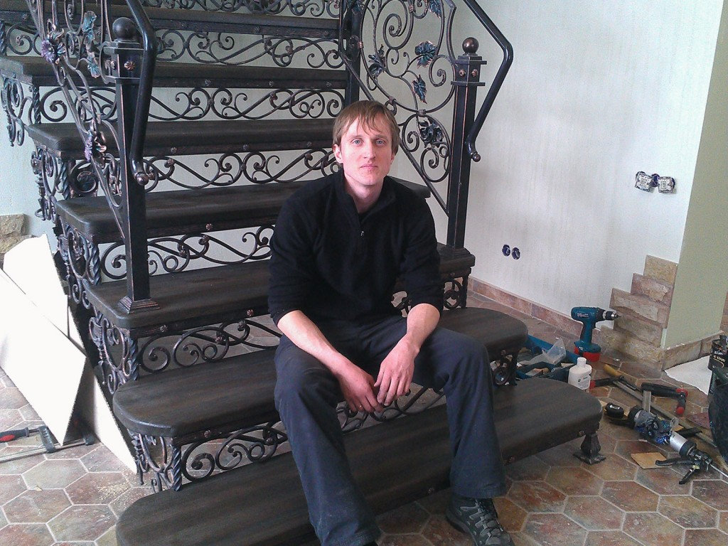 кованые лестницы в доме цена