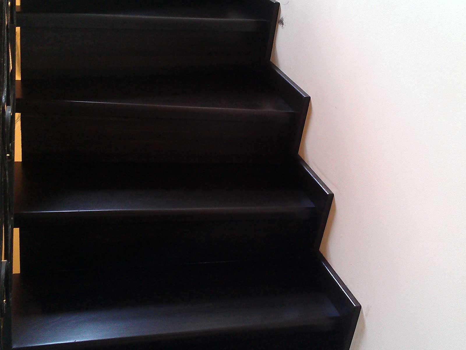 лестница из дуба на заказ