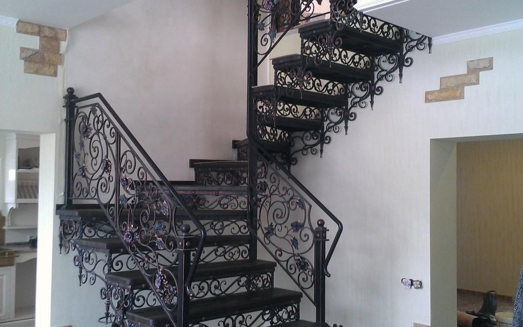 кованые лестницы купить