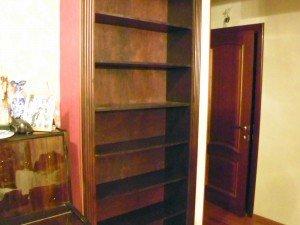 книжные шкафы на заказ в москве